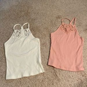 NWOT- Bundle 2 American Eagle tank tops